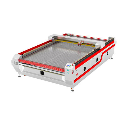 Auto Feeding Ccd Laser Cutting Engraving Machine For Leather / Wood / MDF / Bamboo
