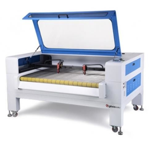 Auto Feeding Laser Cutting Machine For Soft Roller Materials With CCD Camera